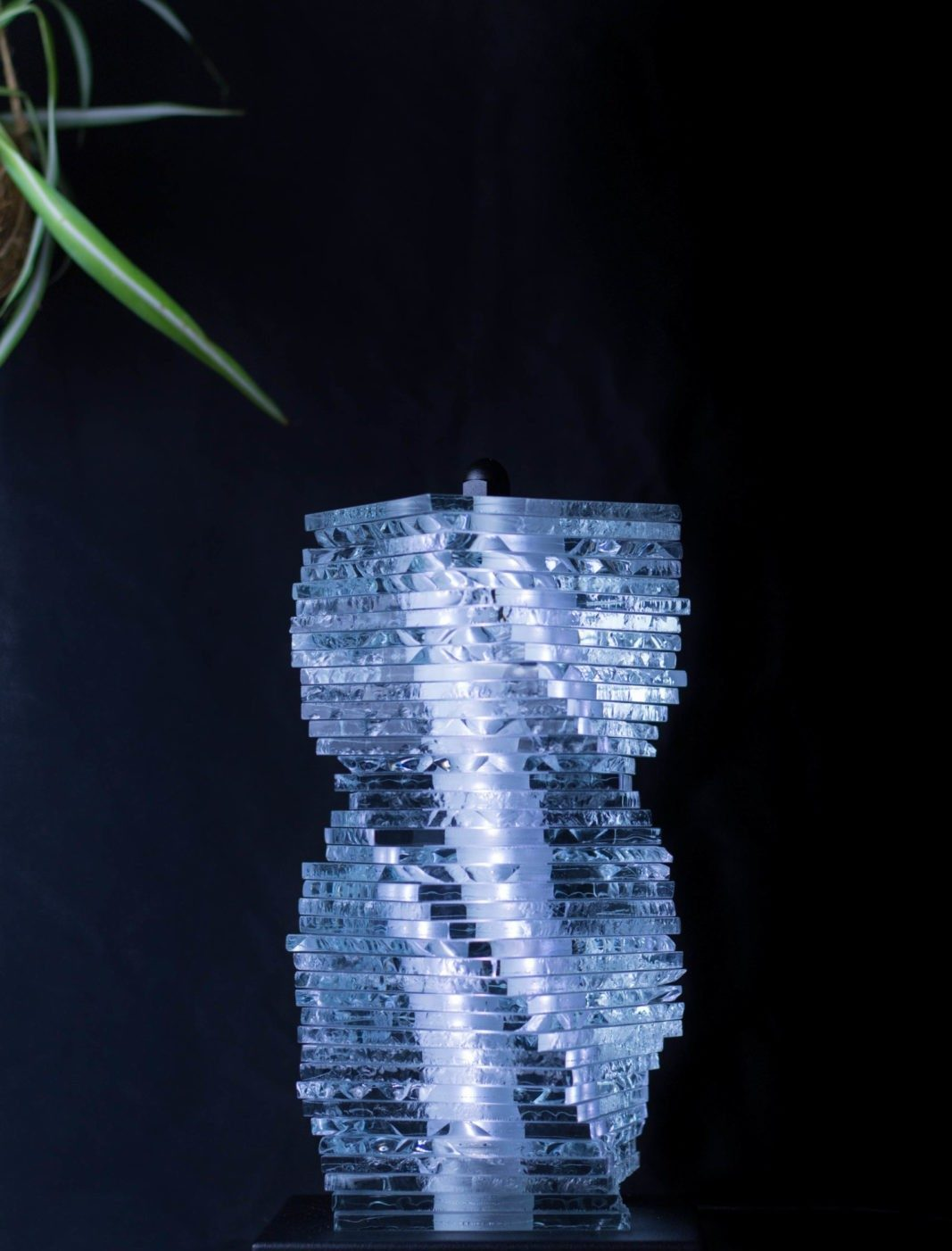 Erèbe lampe nosqua modulable lumière verre